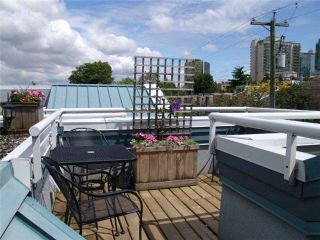 "Photo 1: 16 877 W 7TH Avenue in Vancouver: Fairview VW Townhouse for sale in ""THE EMERALD"" (Vancouver West)  : MLS®# V978833"