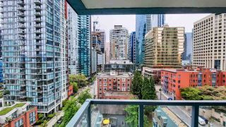 """Photo 15: 1305 1238 MELVILLE Street in Vancouver: Coal Harbour Condo for sale in """"POINTE CLAIRE"""" (Vancouver West)  : MLS®# R2579898"""