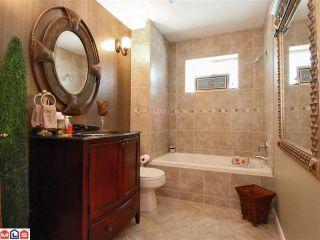"""Photo 7: 14729 UPPER ROPER AV: White Rock House for sale in """"WESTSIDE"""" (South Surrey White Rock)  : MLS®# F1023452"""