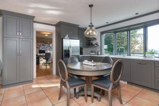 Photo 10: 6315 Clear View Rd in : CS Martindale House for sale (Central Saanich)  : MLS®# 871039