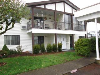 """Photo 1: 38 32718 GARIBALDI Drive in Abbotsford: Abbotsford West Townhouse for sale in """"Fircrest"""" : MLS®# R2198505"""