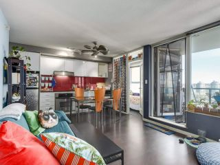 "Photo 10: 1709 602 CITADEL Parade in Vancouver: Downtown VW Condo for sale in ""Spectrum 4"" (Vancouver West)  : MLS®# R2565583"