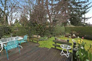 Photo 8: 2412 LARSON Road in North Vancouver: Central Lonsdale House for sale : MLS®# R2158525