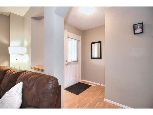Photo 7: Photos: 527 EVERMEADOW Road SW in Calgary: Evergreen House for sale : MLS®# C4056995