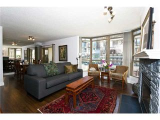 "Photo 2: 506 867 HAMILTON Street in Vancouver: Downtown VW Condo for sale in ""JARDINE'S LOOKOUT"" (Vancouver West)  : MLS®# V926909"
