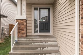 Photo 2: 16727 120 Street in Edmonton: Zone 27 House Half Duplex for sale : MLS®# E4259975