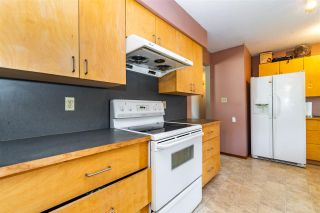 Photo 4: 1955 CATALINA Crescent in Abbotsford: Central Abbotsford House for sale : MLS®# R2569371