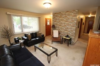 Photo 3: 926 U Avenue North in Saskatoon: Mount Royal SA Residential for sale : MLS®# SK866666