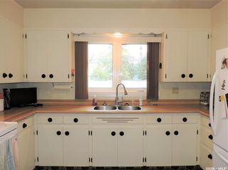 Photo 5: 1917 St Charles Avenue in Saskatoon: Exhibition Residential for sale : MLS®# SK873625