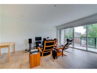 """Photo 4: 206 1661 E 2ND Avenue in Vancouver: Grandview VE Condo for sale in """"2ND & COMMERCIAL"""" (Vancouver East)  : MLS®# V1136892"""