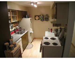 """Photo 3: 112 6105 KINGSWAY BB in Burnaby: Middlegate BS 1/2 Duplex for sale in """"HAMBRY COURT"""" (Burnaby South)  : MLS®# V676589"""