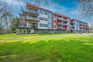 """Photo 1: 306 11240 DANIELS Road in Richmond: East Cambie Condo for sale in """"DANIELS MANOR"""" : MLS®# R2562282"""