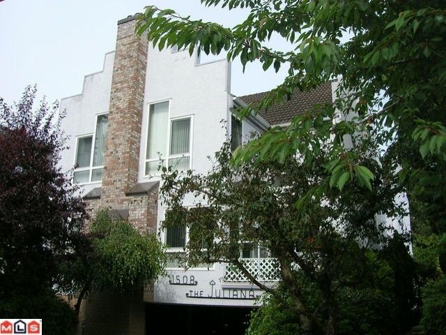"""Main Photo: 4 1508 BLACKWOOD Street: White Rock Townhouse for sale in """"The Juliana"""" (South Surrey White Rock)  : MLS®# F1018615"""