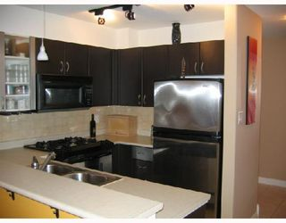 """Photo 3: 204 2741 E HASTINGS Street in Vancouver: Hastings East Condo for sale in """"THE RIVIERA"""" (Vancouver East)  : MLS®# V683987"""