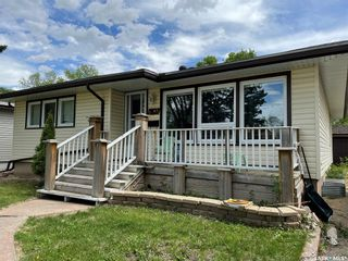 Photo 2: 2845 23rd Avenue in Regina: Lakeview RG Residential for sale : MLS®# SK857270