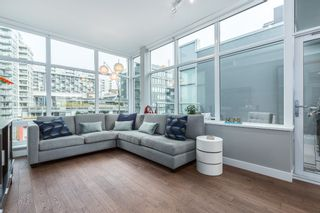 """Photo 5: 712 108 E 1ST Avenue in Vancouver: Mount Pleasant VE Townhouse for sale in """"Meccanica"""" (Vancouver East)  : MLS®# R2126481"""