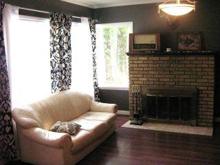Photo 8: 53 Riverbend Avenue in WINNIPEG: St Vital Residential for sale (South East Winnipeg)  : MLS®# 1116134