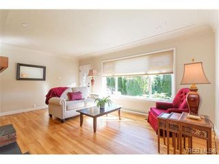Photo 5: VICTORIA + WEST SAANICH REAL ESTATE = TILLICUM HOME For Sale SOLD With Ann Watley