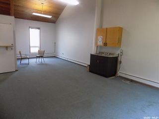 Photo 11: 126 130 4th Street Northeast in Weyburn: Commercial for sale : MLS®# SK873764
