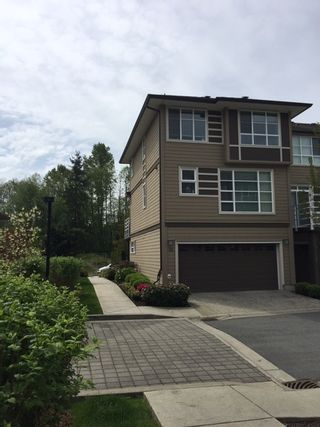 """Photo 3: 32 15405 31 Avenue in Surrey: Grandview Surrey Townhouse for sale in """"NUVO 2"""" (South Surrey White Rock)  : MLS®# R2168400"""