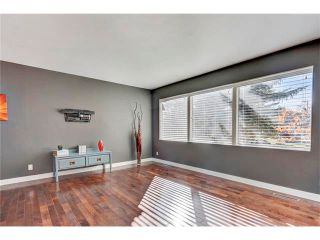 Photo 11: 5612 LADBROOKE Drive SW in Calgary: Lakeview House for sale : MLS®# C4036600