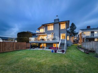 Photo 4: 167 W ST. JAMES Road in North Vancouver: Upper Lonsdale House for sale : MLS®# R2551883