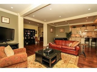 Photo 6: 638 HILLCREST Street in Coquitlam: Home for sale : MLS®# V1109900