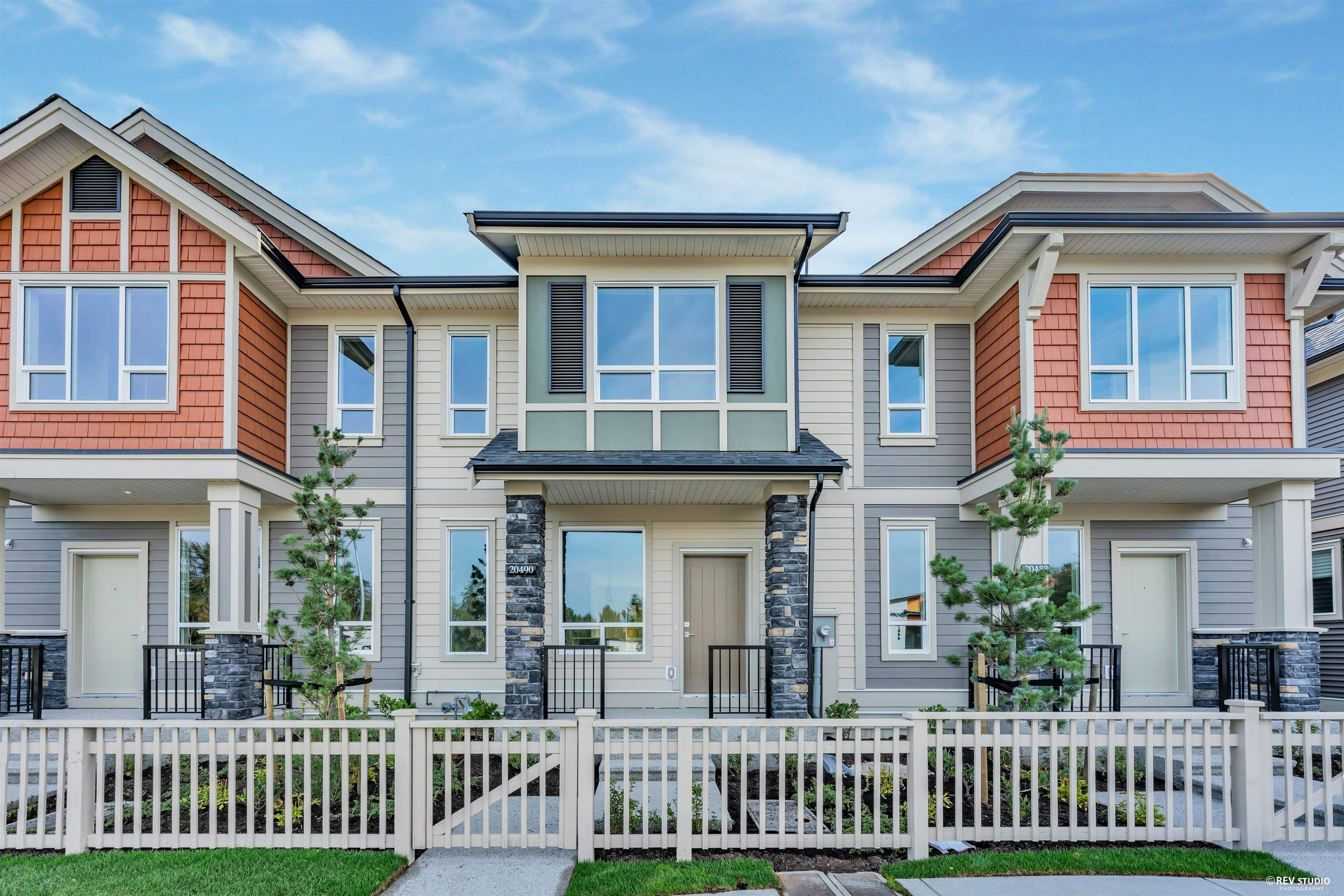 """Main Photo: 20490 78 Avenue in Langley: Willoughby Heights Condo for sale in """"Westbrooke"""" : MLS®# R2621759"""