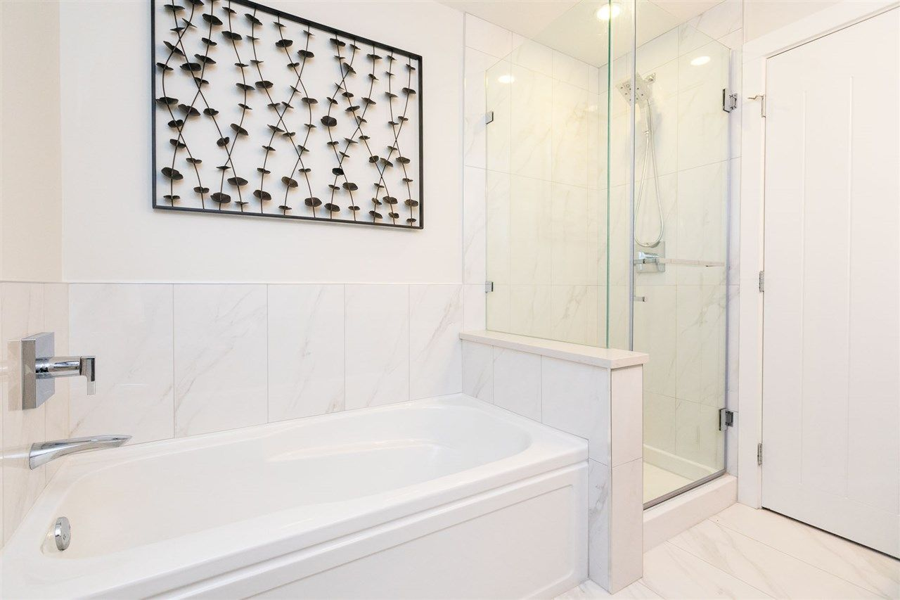 """Photo 14: Photos: 13 16315 23A Avenue in Surrey: Grandview Surrey Townhouse for sale in """"SOHO"""" (South Surrey White Rock)  : MLS®# R2430685"""