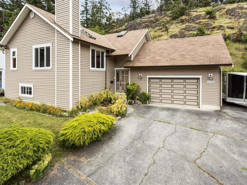 FEATURED LISTING: 3700 Howden Dr NANAIMO