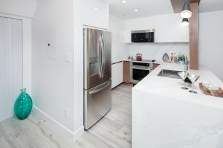 Photo 10: 102 755 W 15TH Avenue in Vancouver: Fairview VW Condo for sale (Vancouver West)  : MLS®# R2434028