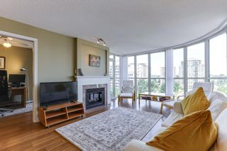 """Photo 4: 802 612 SIXTH Street in New Westminster: Uptown NW Condo for sale in """"The Woodward"""" : MLS®# R2596362"""