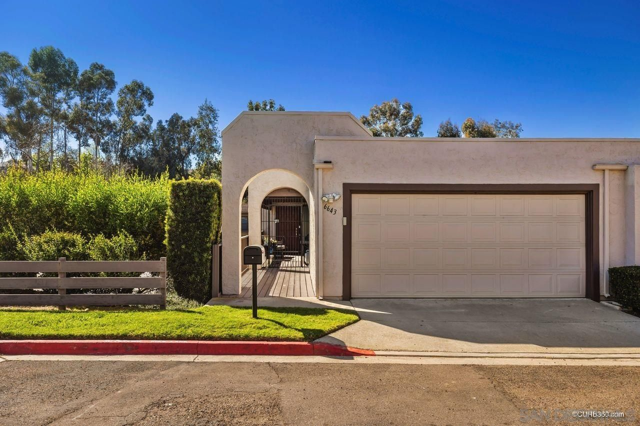 Main Photo: SAN DIEGO Townhouse for sale : 4 bedrooms : 6643 Reservoir Ln