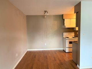 """Photo 5: 408 9857 MANCHESTER Drive in Burnaby: Cariboo Condo for sale in """"BARCLAY WOODS"""" (Burnaby North)  : MLS®# R2624067"""