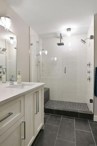 Photo 24: 302 2049 Country Club Way in : La Bear Mountain Condo for sale (Langford)  : MLS®# 882645