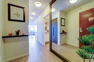 """Photo 2: 1207 3102 WINDSOR Gate in Coquitlam: New Horizons Condo for sale in """"Celadon by Polygon"""" : MLS®# R2624919"""