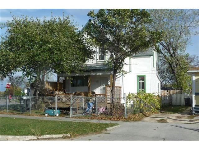 Main Photo: 161 Meade Street North in WINNIPEG: North End Residential for sale (North West Winnipeg)  : MLS®# 1214600