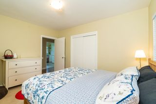 Photo 17: 902 WENTWORTH Avenue in North Vancouver: Forest Hills NV House for sale : MLS®# R2472343