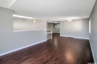 Photo 3: 534 Stillwell Crescent in Swift Current: Highland Residential for sale : MLS®# SK859457