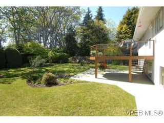 Photo 19: 2547 Chelsea Pl in VICTORIA: SE Cadboro Bay House for sale (Saanich East)  : MLS®# 539432