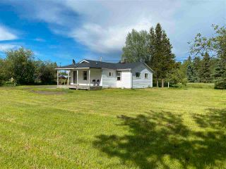 """Photo 2: 7995 OLD CARIBOO Highway in Prince George: Pineview House for sale in """"Pineview"""" (PG Rural South (Zone 78))  : MLS®# R2592037"""
