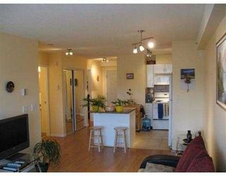 """Photo 3: 619 528 ROCHESTER Avenue in Coquitlam: Coquitlam West Condo for sale in """"THE AVE"""" : MLS®# V710689"""