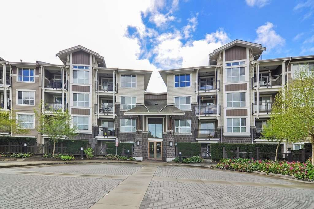 "Main Photo: 217 5788 SIDLEY Street in Burnaby: Metrotown Condo for sale in ""MACPHERSON WALK"" (Burnaby South)  : MLS®# R2379051"