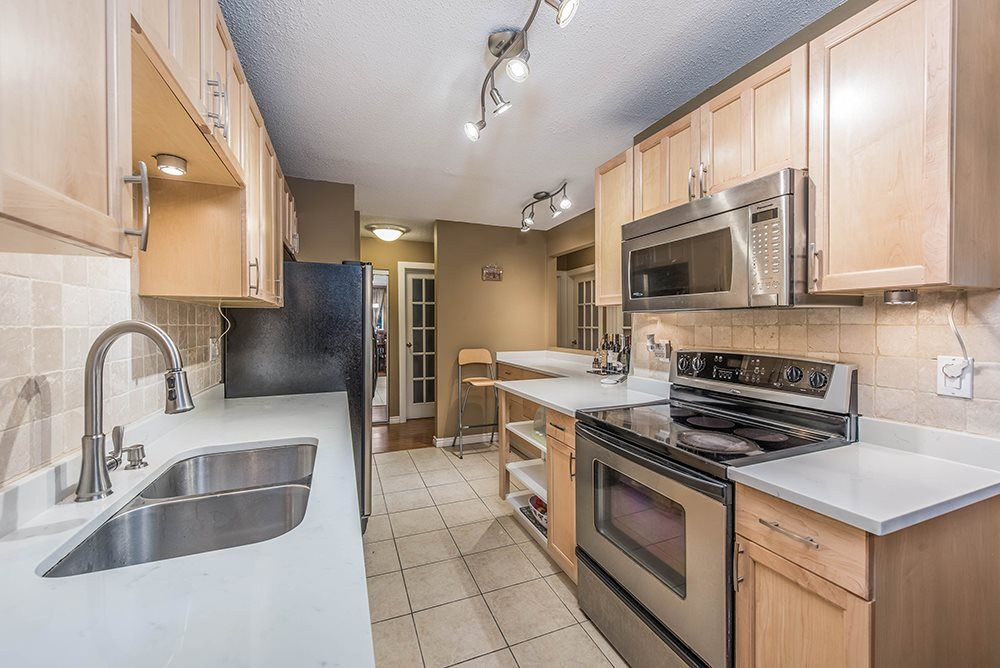Main Photo: 212 1155 ROSS ROAD in North Vancouver: Lynn Valley Condo for sale : MLS®# R2525720