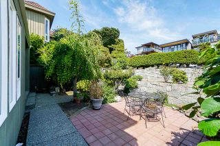 Photo 4: 191 N GLYNDE Avenue in Burnaby: Capitol Hill BN House for sale (Burnaby North)  : MLS®# R2383814