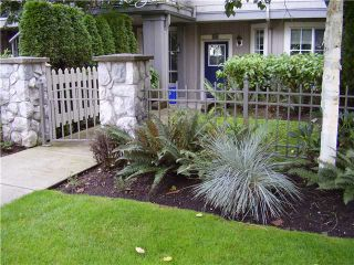 "Photo 2: 1 7503 18TH Street in Burnaby: Edmonds BE Townhouse for sale in ""SOUTHBOROUGH"" (Burnaby East)  : MLS®# V914941"