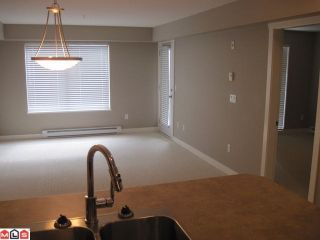 Photo 4: 103 45567 YALE Road in Chilliwack: Chilliwack W Young-Well Condo for sale : MLS®# R2427777
