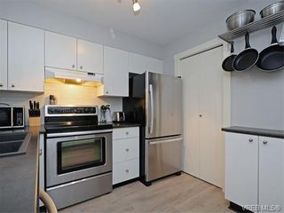 Photo 10: 106 827 North Park St in VICTORIA: Vi Central Park Condo for sale (Victoria)  : MLS®# 752664