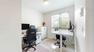 """Photo 16: 313 7418 BYRNEPARK Walk in Burnaby: South Slope Condo for sale in """"GREEN"""" (Burnaby South)  : MLS®# R2501039"""