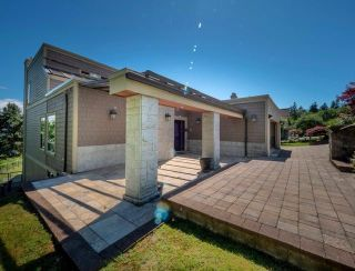 Main Photo: 2426 Westhill Court Upper in West Vancouver: Westhill House for rent